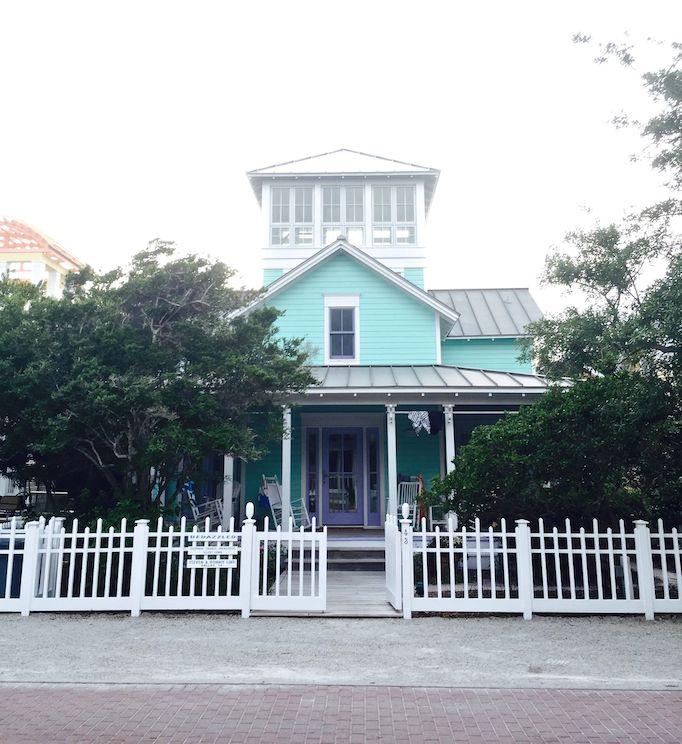 seaside-florida-blue-beach-house