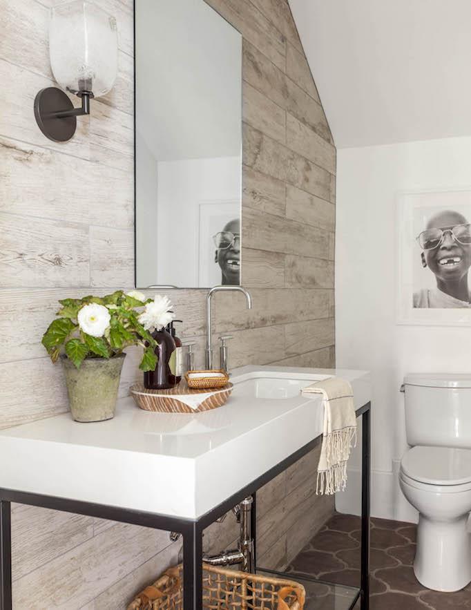 modern mediterranean bathroom paneled wall