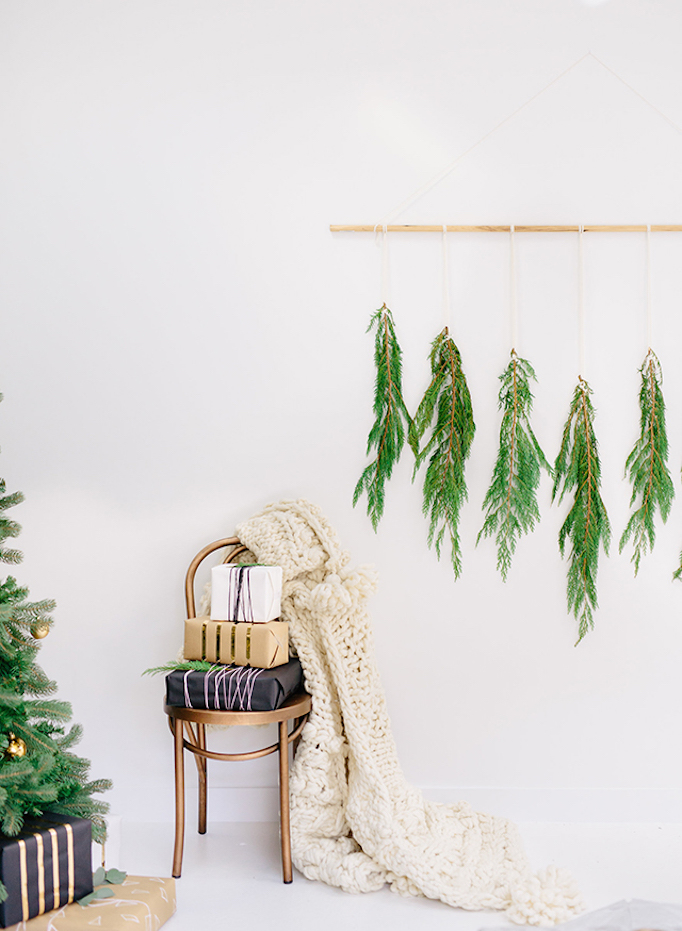 becki-owens-holiday-greenery-entry