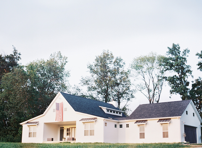 Dream Home: An All American Modern Farmhouse