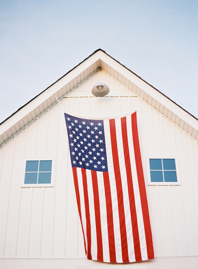all american modern farmhouse