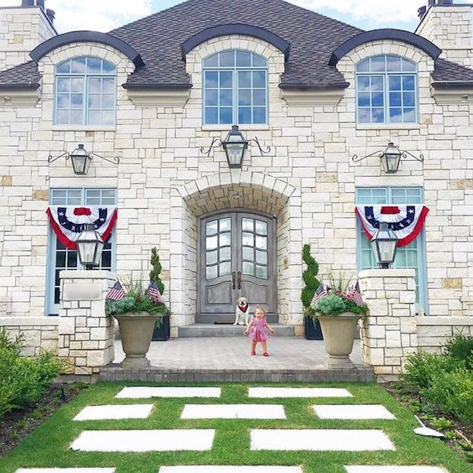 Patriotic exteriors for the 4th of julybecki owens - Racholas exterior ...