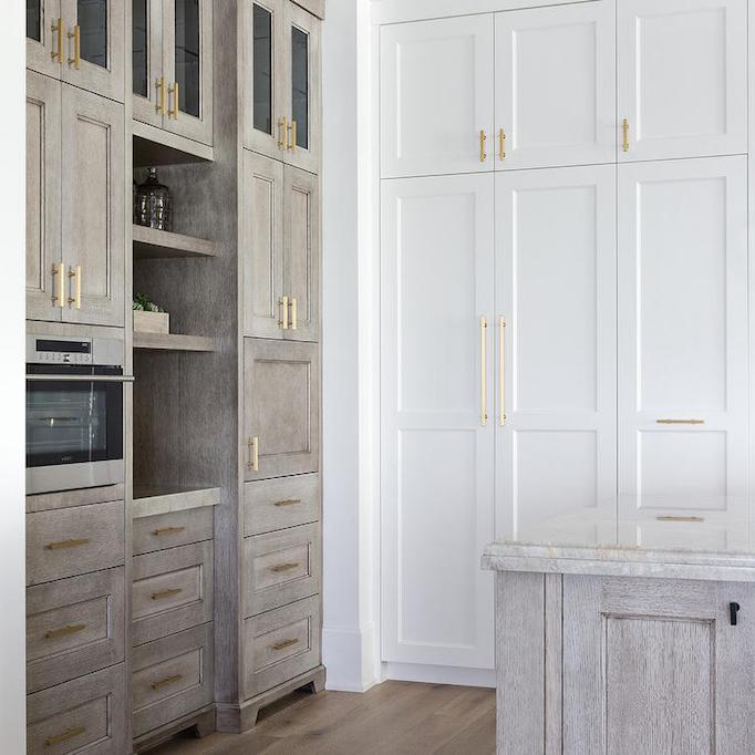 Design Trend 2018: Two Toned Kitchens