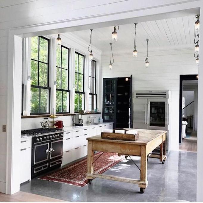 Design Trend 2018: Reclaimed Kitchen IslandsBECKI OWENS