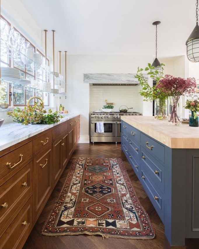 The Benefits Of Open Shelving In The Kitchen: Kitchen Trend: Open Shelving In Front Of WindowsBECKI OWENS