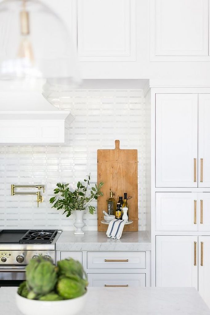 Quick Guide: 5 Beautiful Backsplash Tiles for White ...