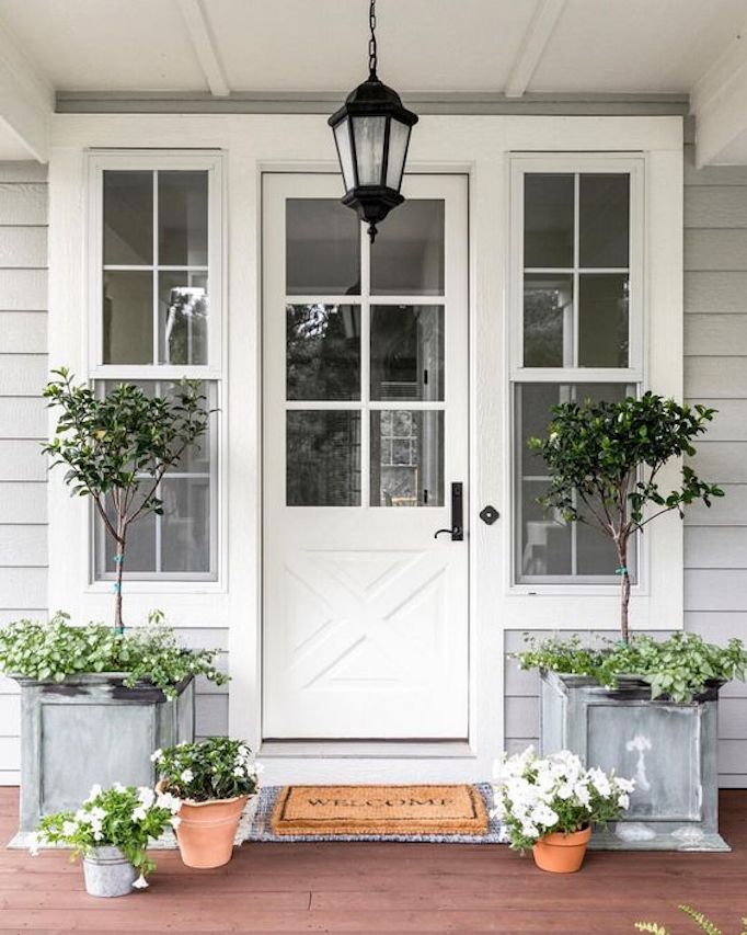 Spring Curb Appeal: Front Porch Planters