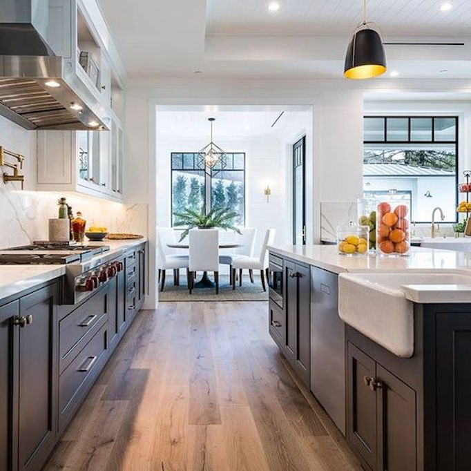 Dream Kitchen Modern: Dream Home: A Luxurious Modern Farmhouse In Encino