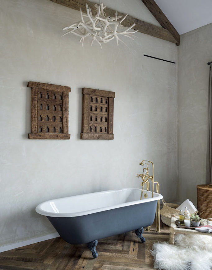 modern-farmhouse-bathroom-becki-owens