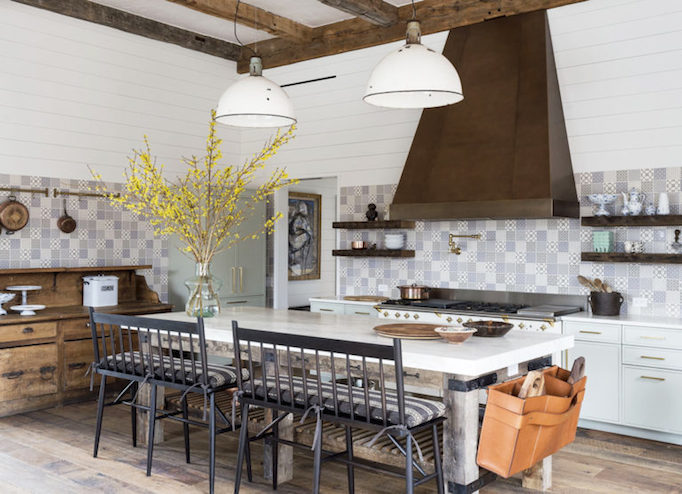 modern-farmhouse-kitchen-with-tile-backsplash-open-shelving