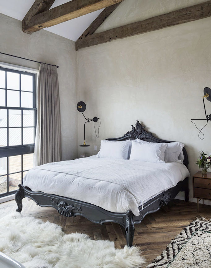 modern-farmhouse-bedroom-becki-owens